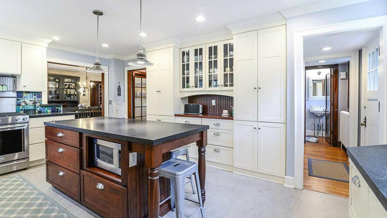 2023 Seneca Ave kitchen view