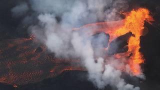 Kilauea erupts again as Hawaiians struggle with toxic gas, lost income