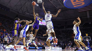 No  10 LSU stays hot, beats Florida 79-78 in OT in rematch