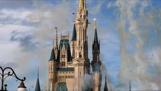 Couple plans to visit 6 Disney parks on 2 coasts in 1 day