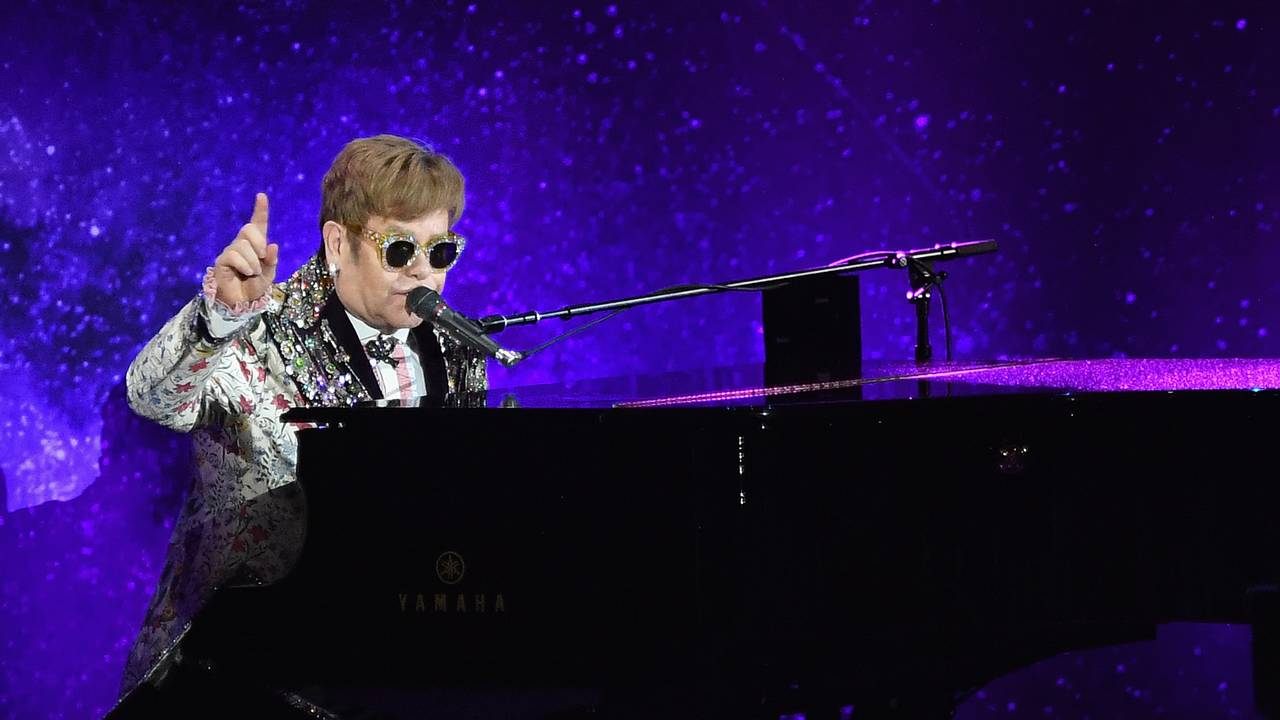 Elton John, January 201874003952-75042528