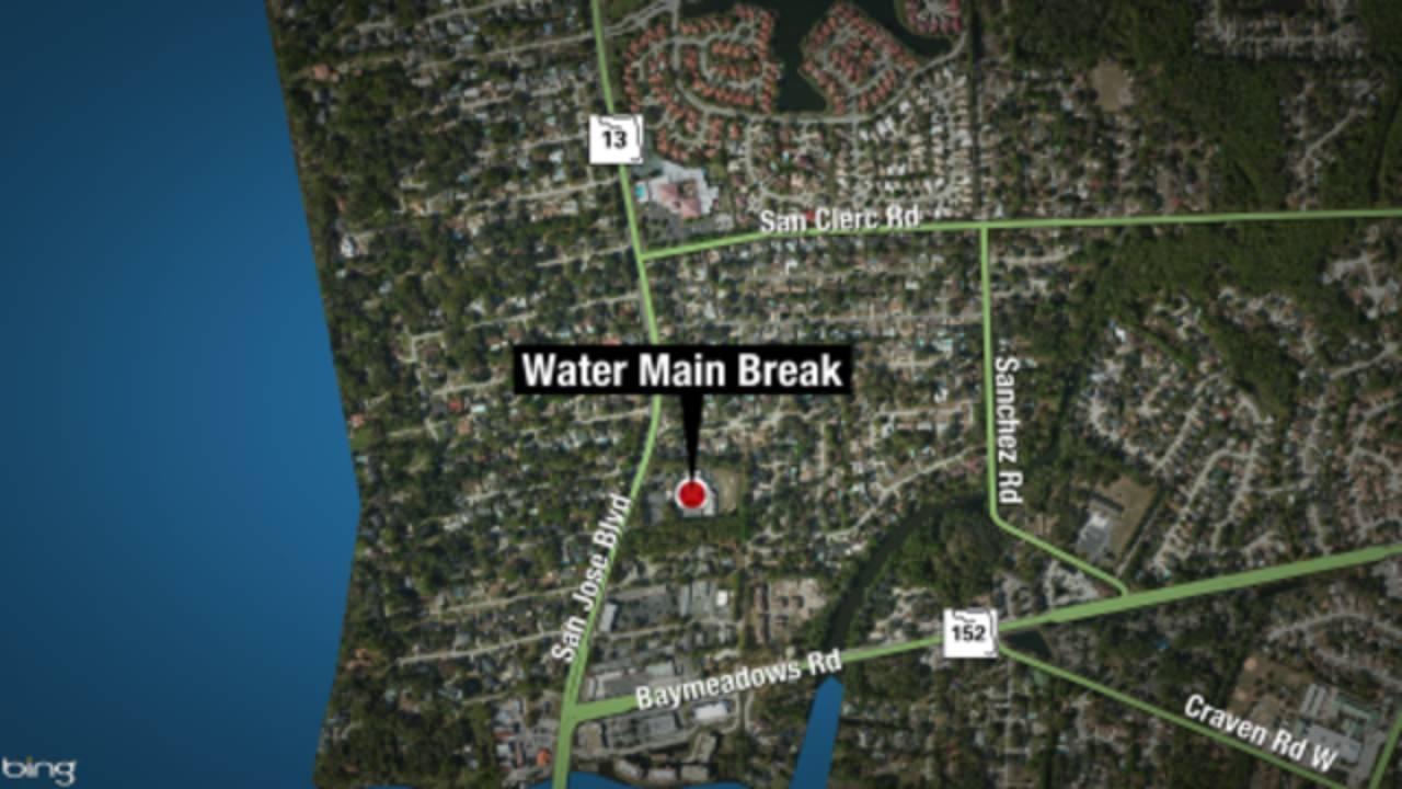 10-17-WATER-MAIN-BREAK-png.png_35894474