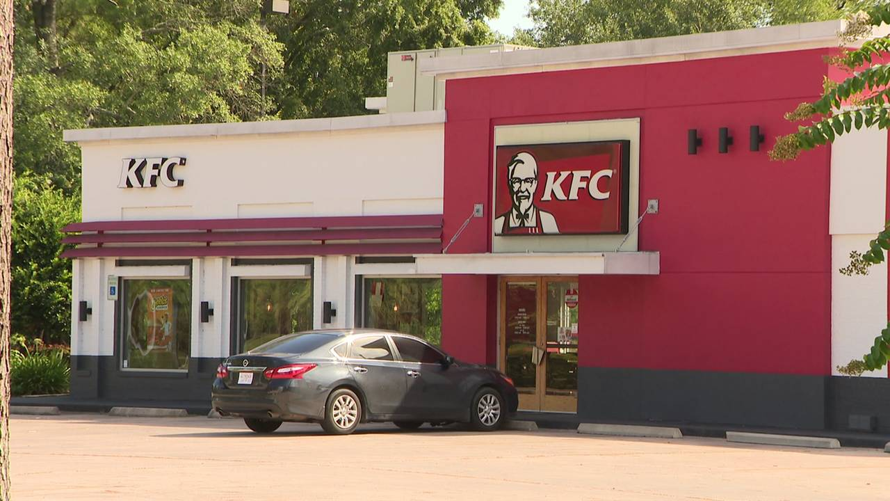 Kentucky Fried Chicken - 1712 Kingwood Drive