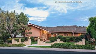'The Brady Bunch' house hits the market