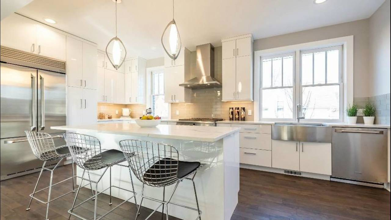 103 W Davis kitchen view