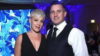 Pink Slams Cyberbully Who Criticizes Husband Carey Hart&#039&#x3b;s Parenting Skills