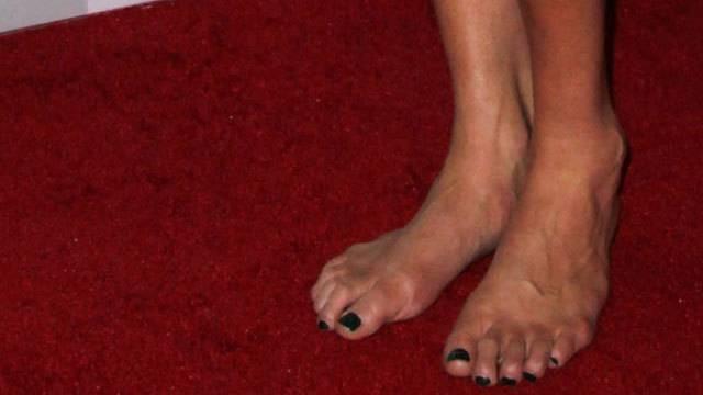 Sexi foot fetish-8600
