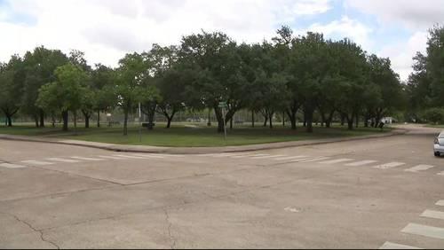 Woman attacked on morning jog near SW Houston park