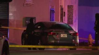 Man found shot inside car in Liberty City, police say