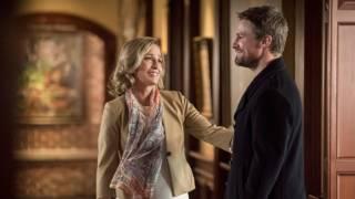 'Arrow' Boss on How Season 8 Deals With Felicity's…