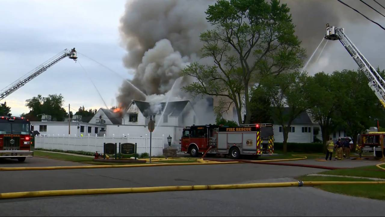 Fire at Western Golf and County Club in Redford Township 1_1527854526769.jpg.jpg