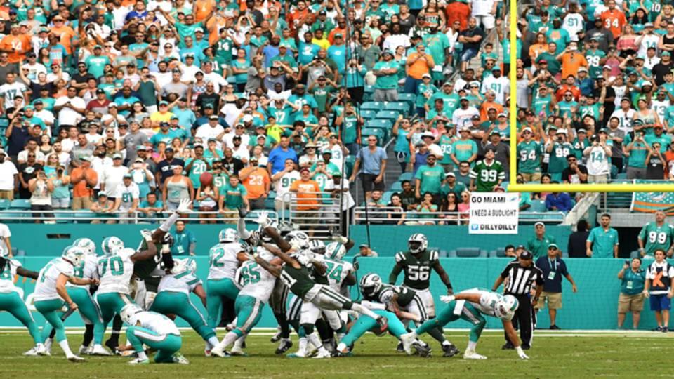 Miami Dolphins kicker Cody Parkey kicks game-winning FG vs New York Jets 2017