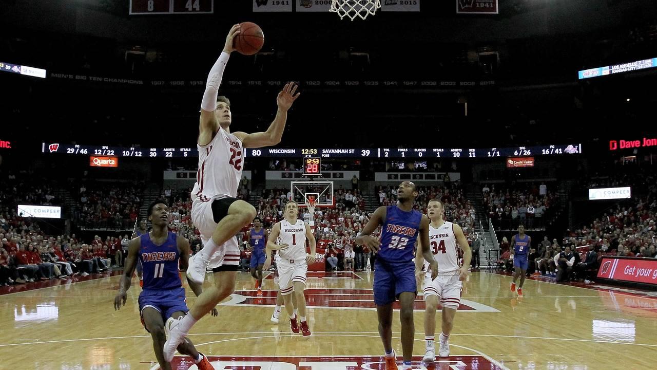 Ethan Happ Wisconsin basketball vs Savannah State 2018