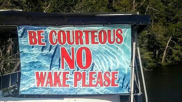 No-wake-sign_1505330667612.jpg