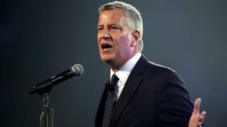 NYC mayor: End arrests for marijuana smoking