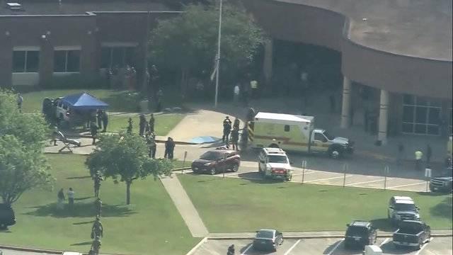Santa Fe high school active shooter reported texas 2_1526652843427.jpg.jpg