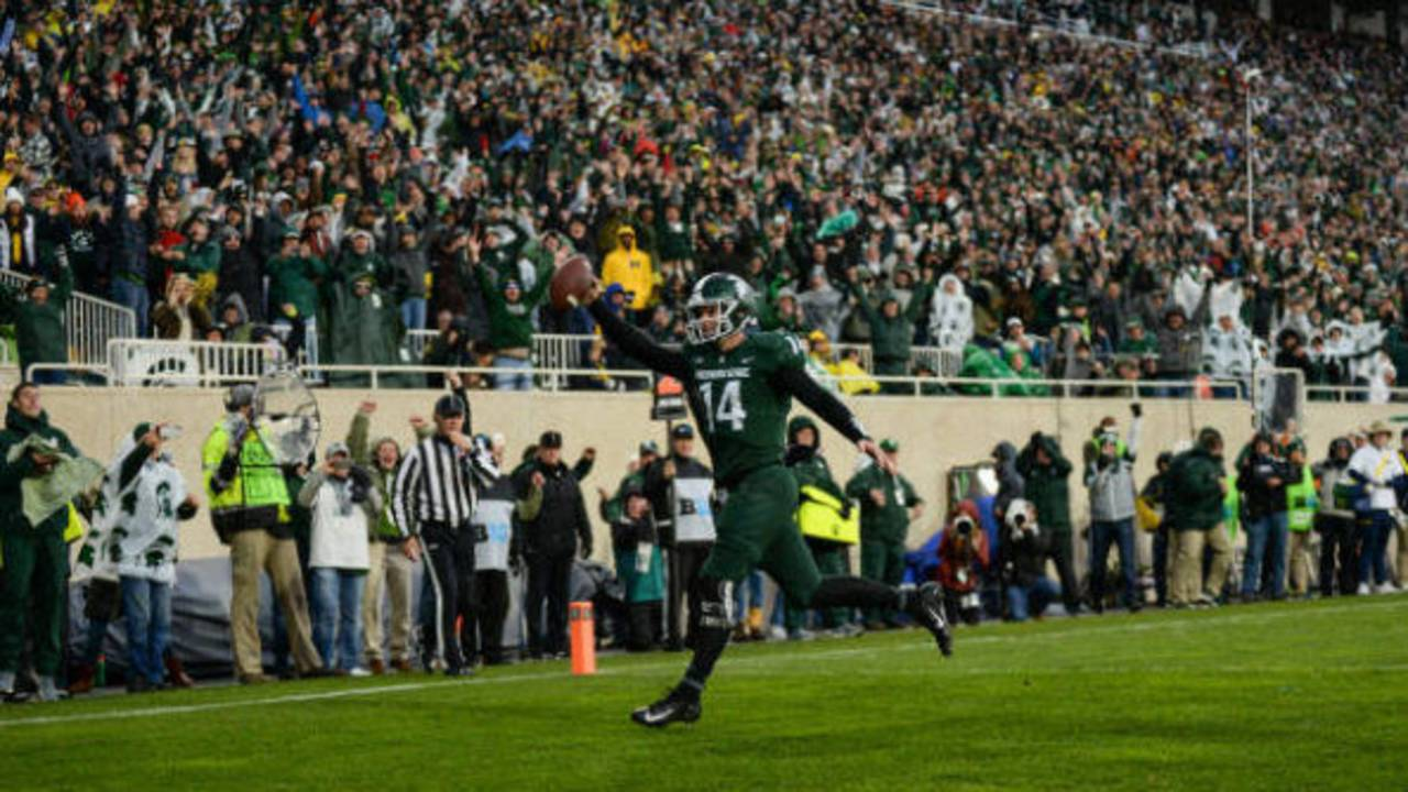 Brian Lewerke touchdown catch Michigan football vs Michigan State 2018