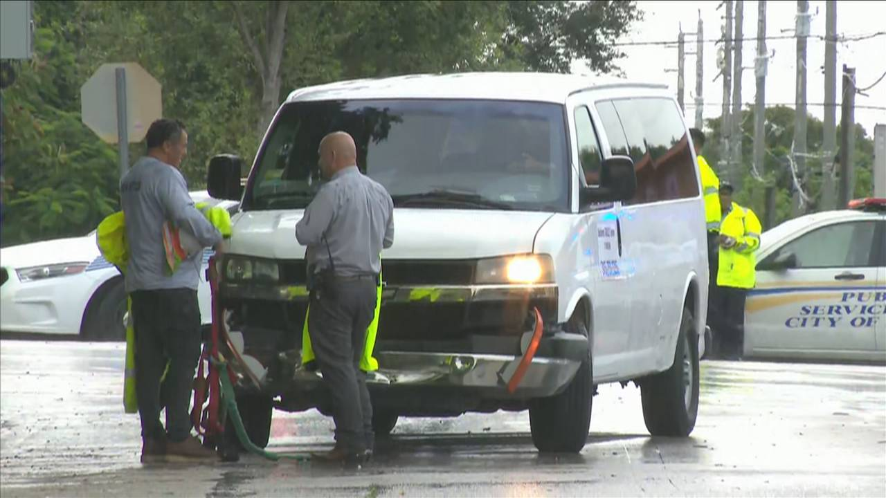 white van involved in miami pd crash