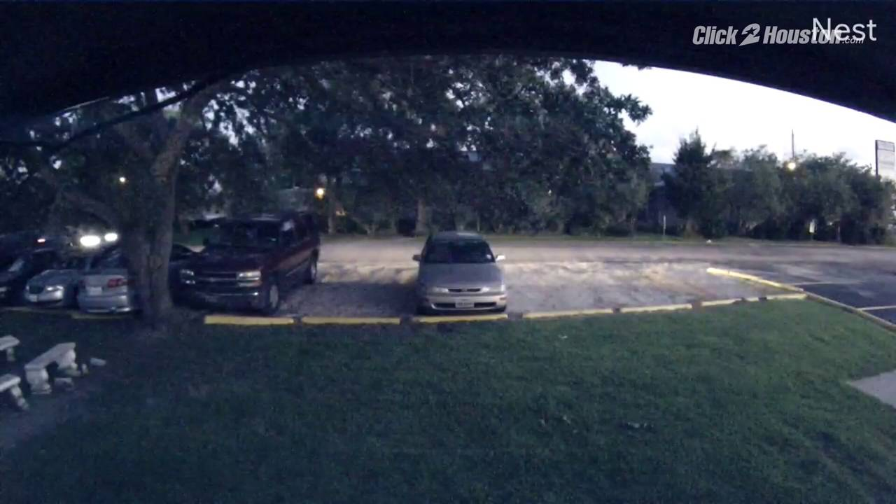 Video_of_truck_police_say_connected_to_Baytown_attempted_abduction_1563580861181.jpg