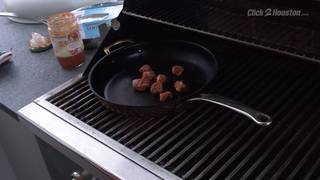 Cookin' Time With H-E-B: Sausage and peppers, Truffle Alfredo, 3 Cheese&hellip&#x3b;