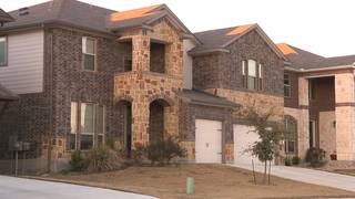 Homeowners in Cibolo, Schertz say burglars kicking in doors, stealing firearms