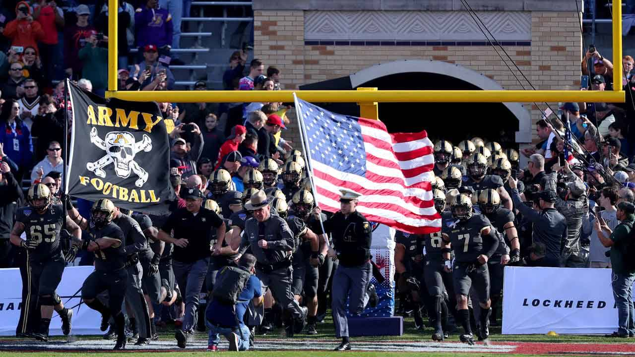 Army Black Knights before 2018 Armed Forces Bowl