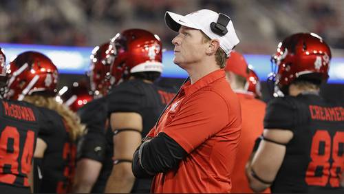 UH evaluating whether to keep head football coach Major Applewhite, sources say