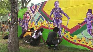 Teens, Miami police work together to paint mural as tribute to gun&hellip&#x3b;