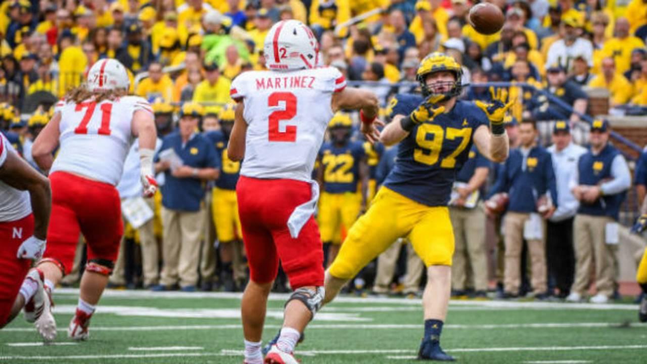 Aidan Hutchinson safety Michigan football vs Nebraska 2018