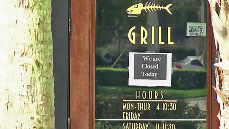 Bonefish Grill closed sign