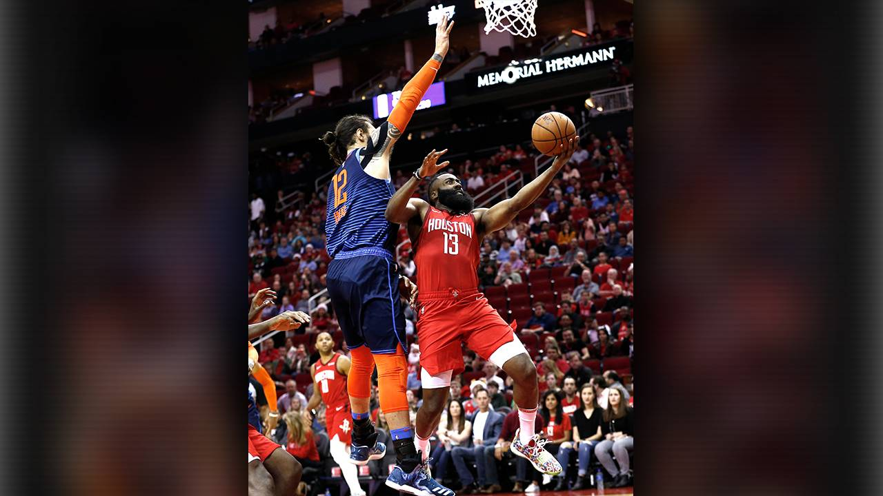 2b1200b9950 James Harden s 41 helps Rockets over Thunder 113-109 on Christmas Day