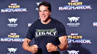 Actor Lou Ferrigno hospitalized after pneumonia vaccination