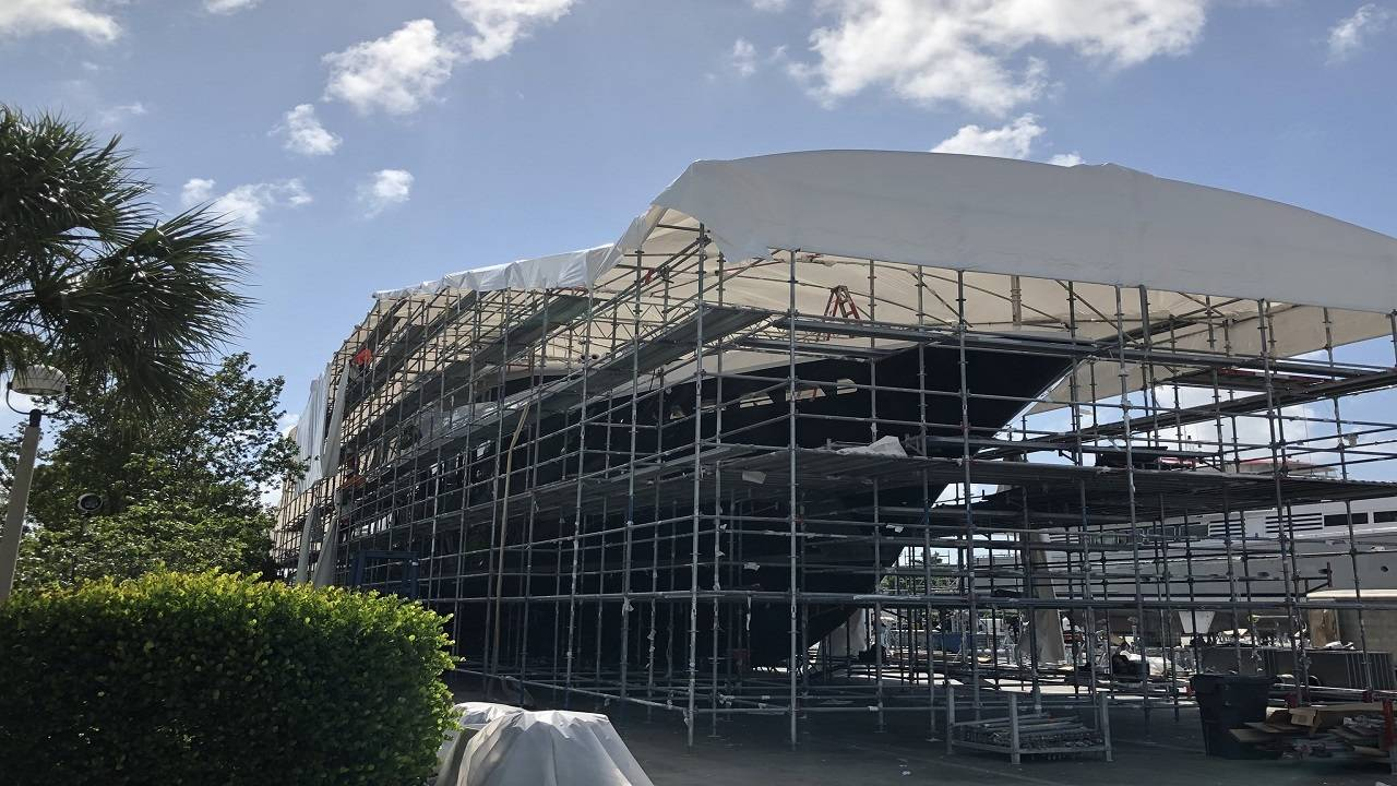 scaffolding on yacht in fort lauderdale 2
