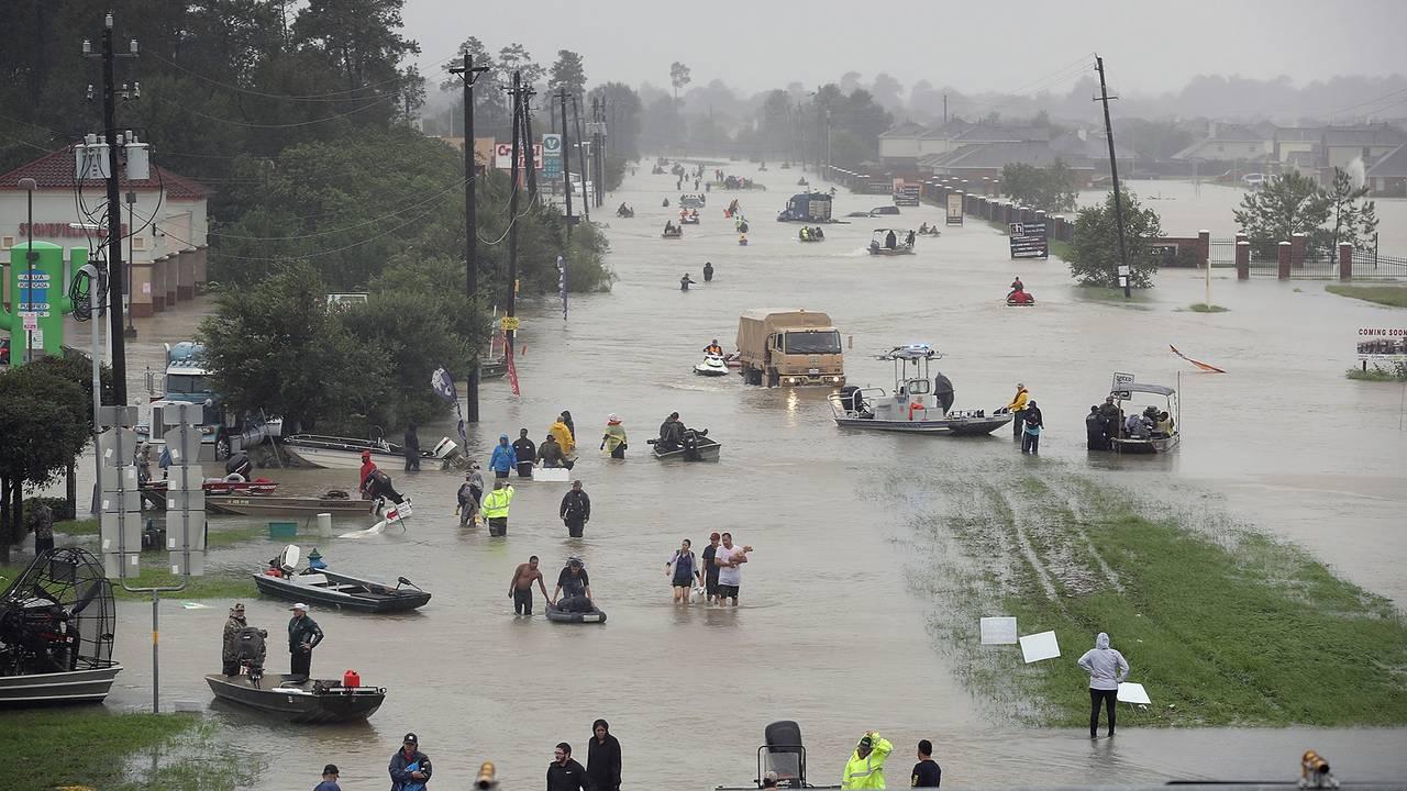 Flooded Houston street from Hurricane Harvey-75042528.jpg86556458