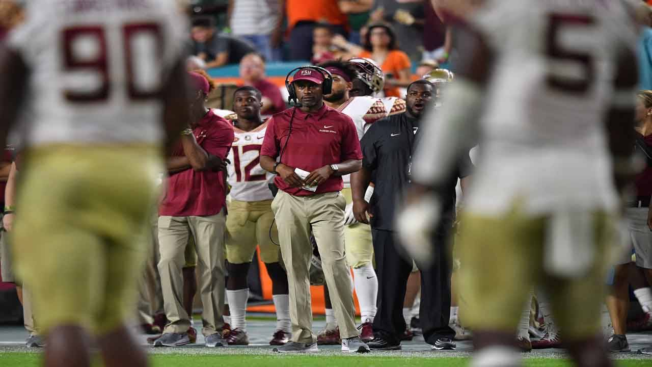 Willie Taggart on sideline vs Miami Hurricanes in 2018