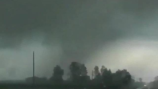 Tuscola County Kingston tornado dark skies