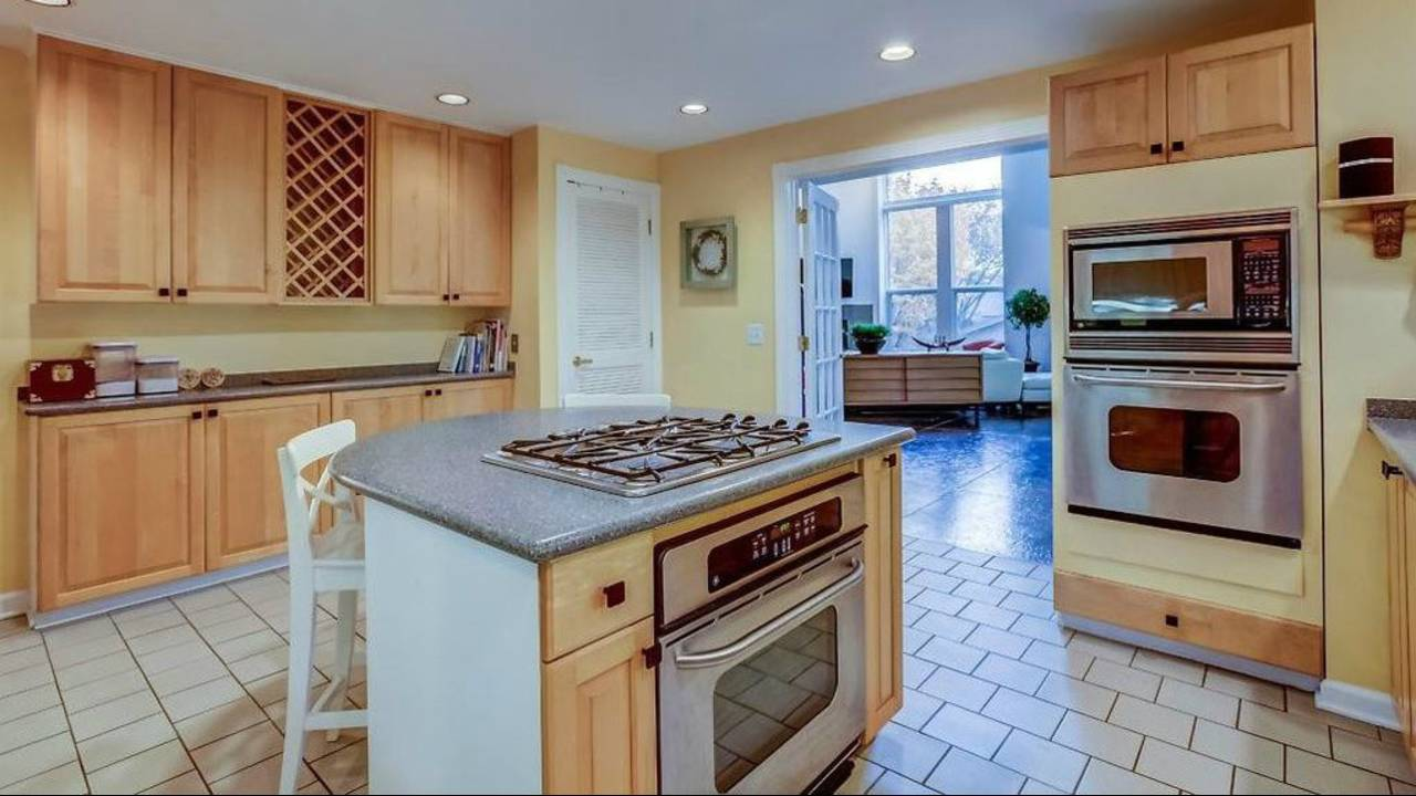 1906 Old Orchard Ct. kitchen with view
