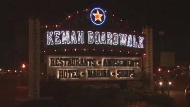 2 Kemah Boardwalk Restaurants Close After Lines Fall In High Winds