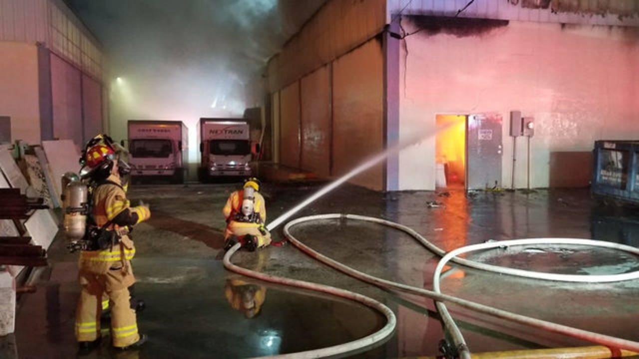 Tamarac warehouse fire 3