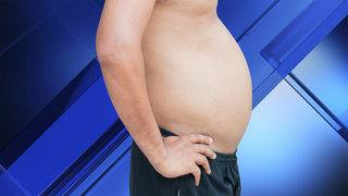 Women prefer 'dad bod' over rock hard abs, survey shows