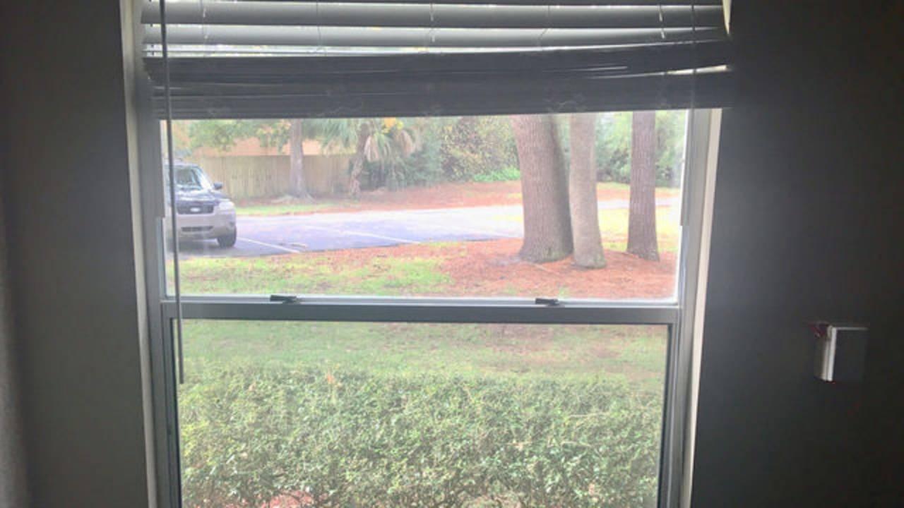 window-jam-nursing-home_1543173063161.jpg