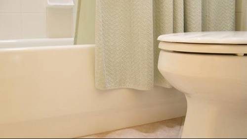 Large toilet manufacturer agrees to pay homeowners up to $4,000 for faulty toilets after lawsuit