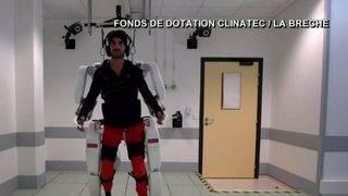 Tech Time: Machine helps paralyzed man walk again