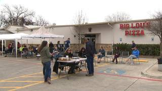 "Free pizza anyone? Big Lou's Pizza hosts blood drive&#x3b; Donors get free 20"" pizza"
