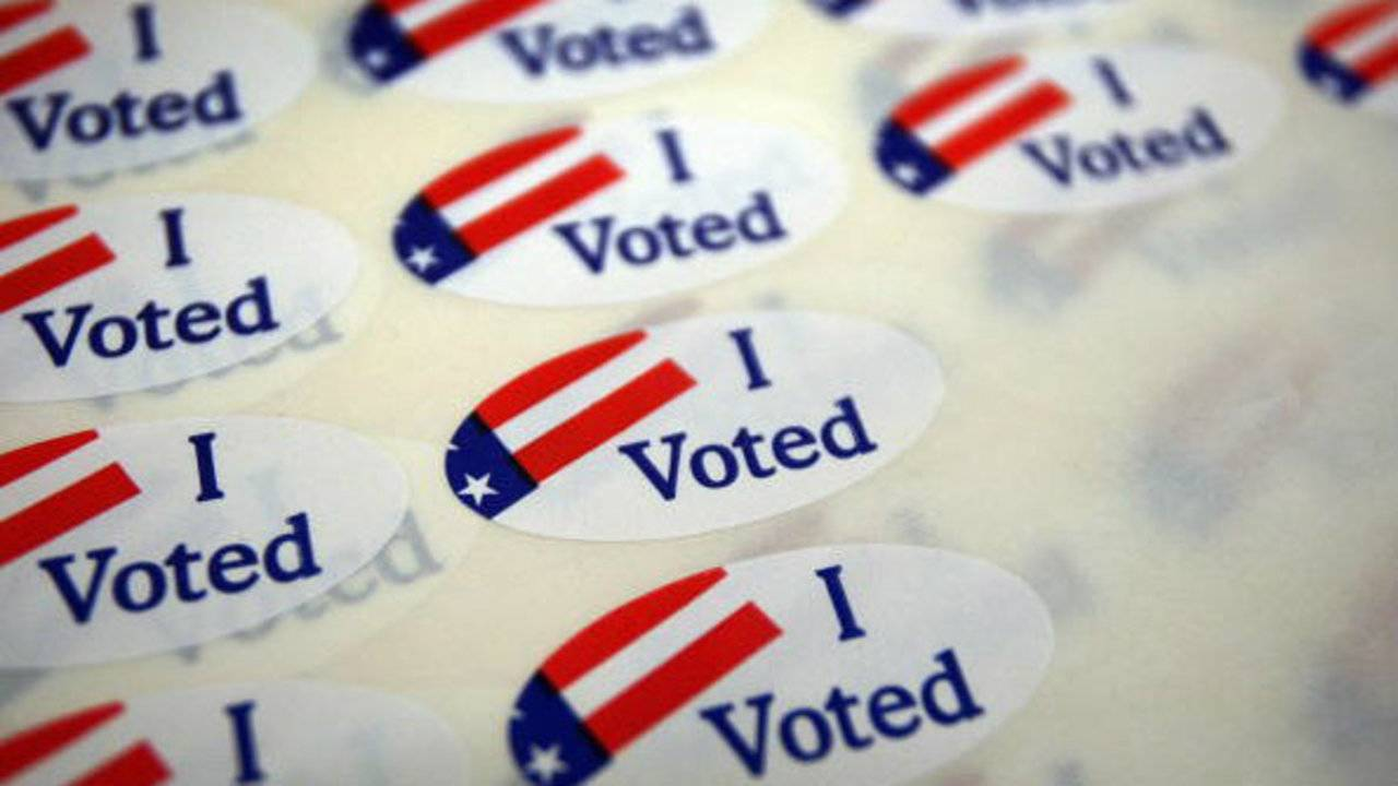 Michigan Primary Election 2018 Heres Whos Running In Races Virus Text On Circuit Board Stock Photo Getty Images