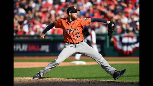 Astros avoid arbitration with seven players
