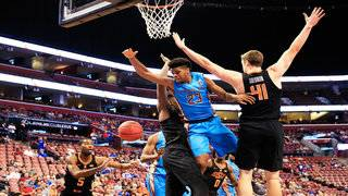 Oklahoma State upsets No. 19 Seminoles in Sunrise, 71-70