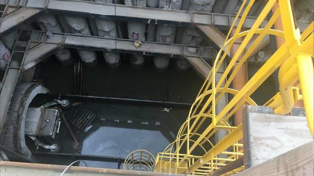 Fraser sinhole sewage Aug 23 2017 1_1503507760176.JPG