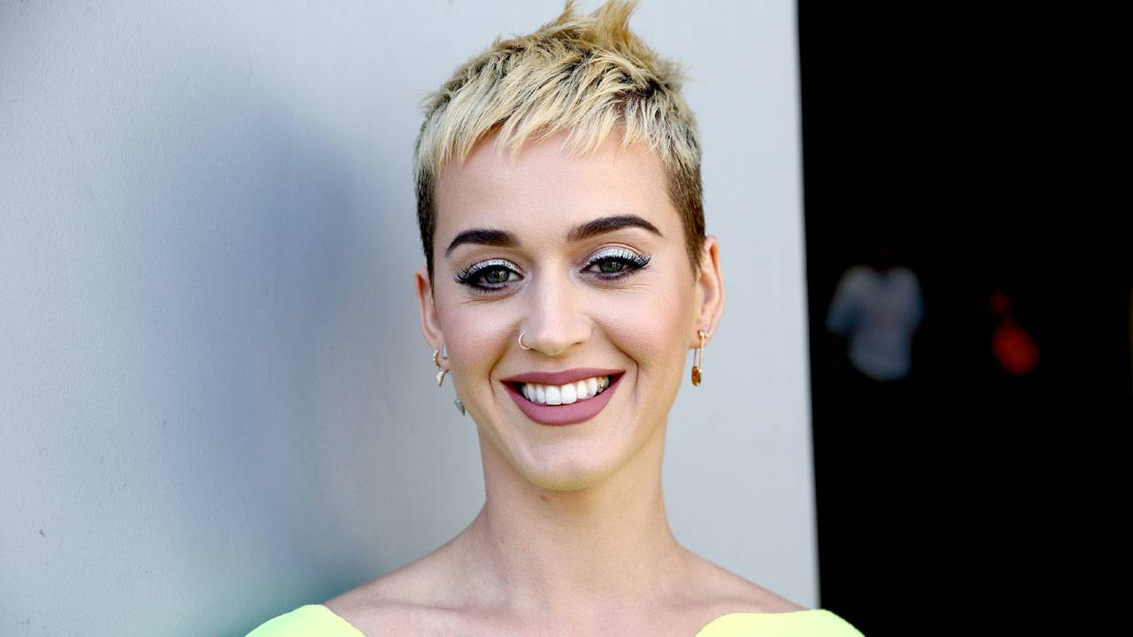 Katy Perry, short hair46337267-75042528