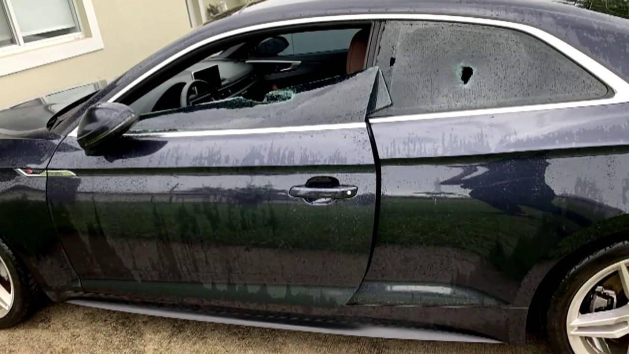 Damaged car in Kendall